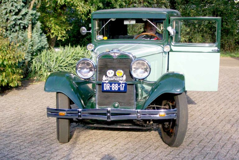 Mașină de epocă Dodge Victory Six, 1928