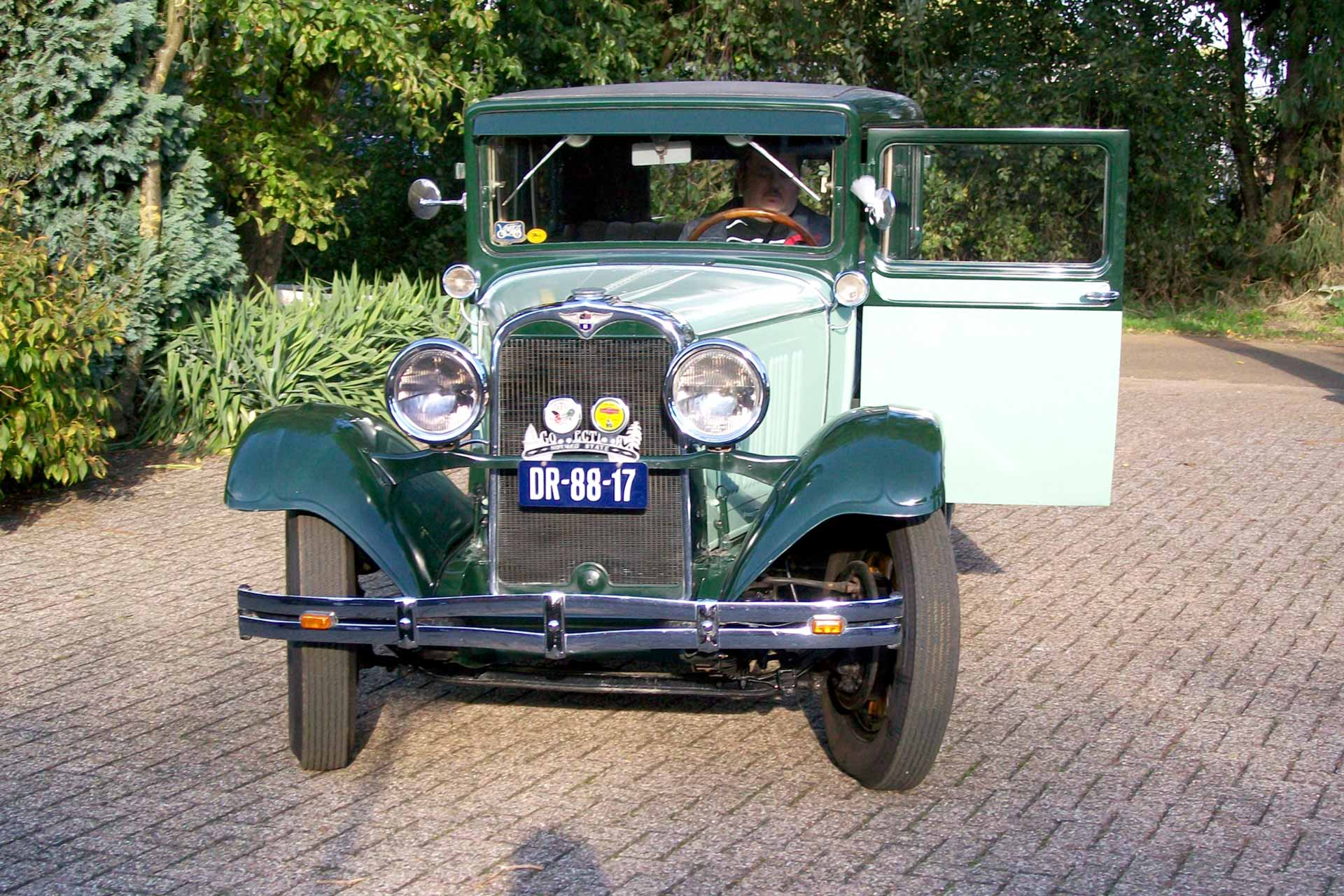 Masina de epoca Dodge de inchiriat pentru nunti