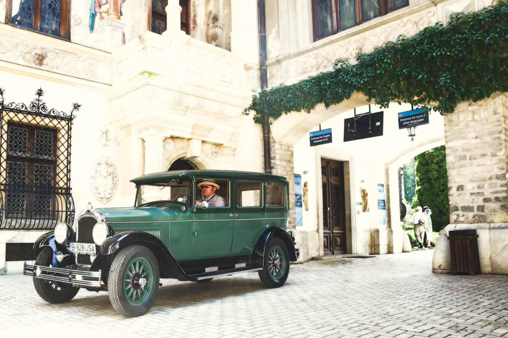Masina de epoca Dodge 6 de inchiriat pentru nunti