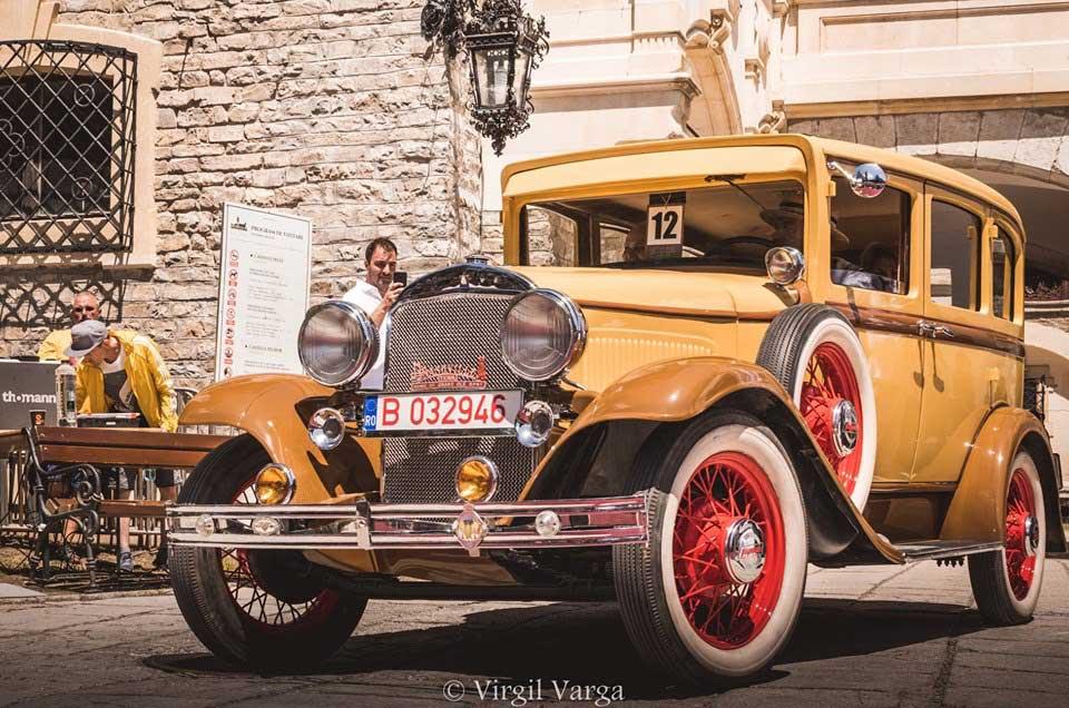 Masina de epoca Plymouth, 1930